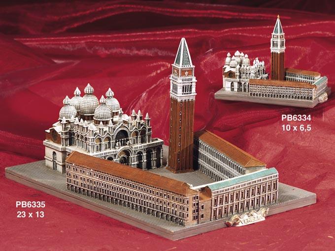 10DA - Monumenti Souvenir - Arte, Storia e Souvenir - Prodotti - Rebolab