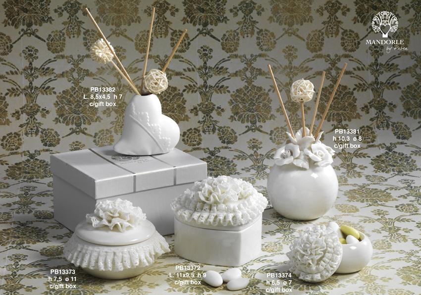 18CA - Collezioni Porcellana-Ceramica - Mandorle Bomboniere  - Prodotti - Rebolab