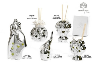 1CFF - Collezioni Porcellana-Ceramica - Mandorle Bomboniere  - Prodotti - Rebolab